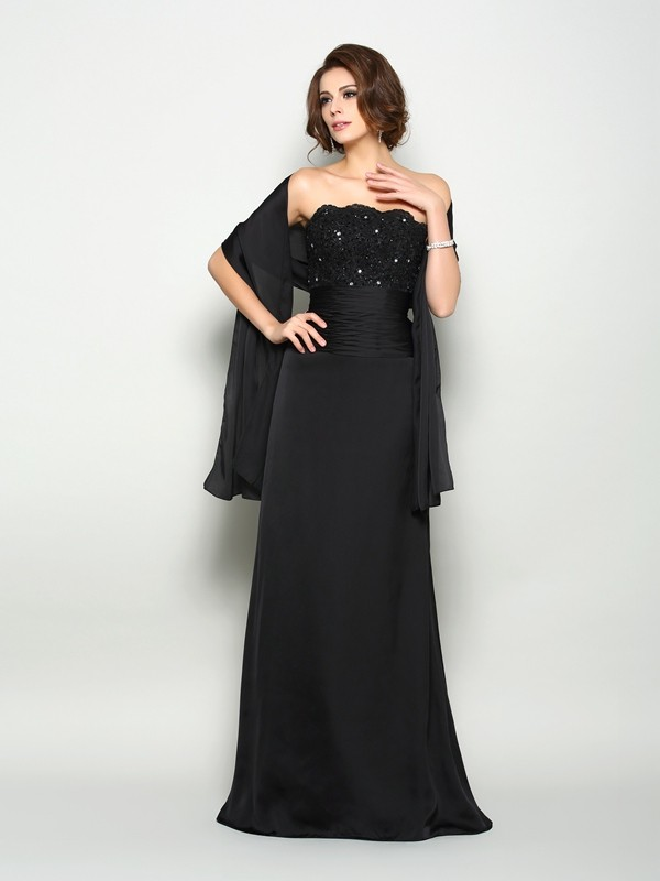 A-Line Strapless Brush Train Black Mother of the Bride Dresses