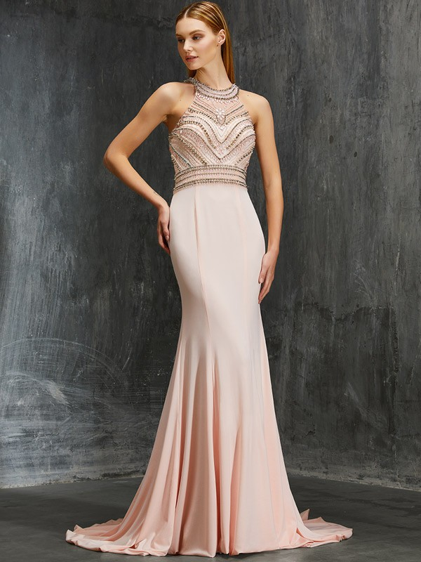 Scoop Brush Train Pearl Pink Prom Dresses with Beading