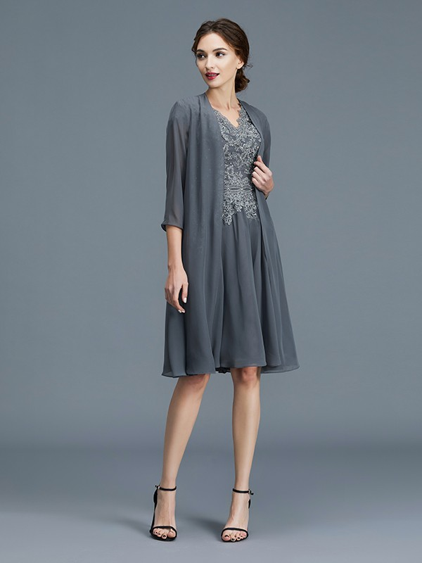 A-Line Chiffon V-neck Knee-Length Grey Mother of the Bride Dresses
