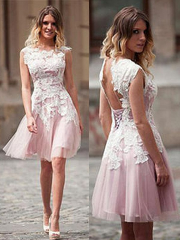 A-Line Tulle Scoop Short/Mini Pink Homecoming Dresses