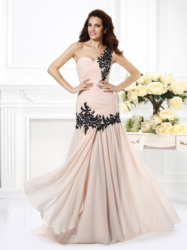 Floor-Length Pearl Pink One-Shoulder Prom Dresses with Beading