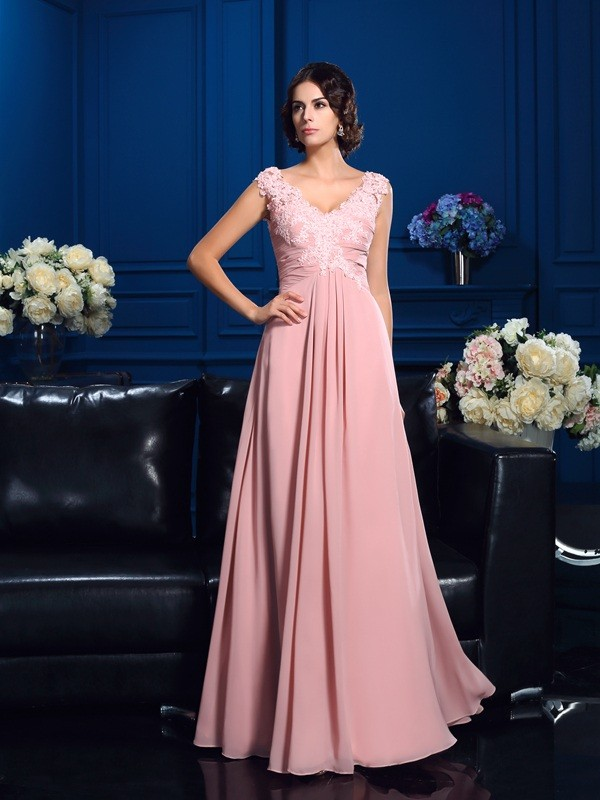 Floor-Length Pearl Pink V-neck Mother of the Bride Dresses with Applique