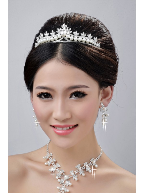 Fashionable Alloy Clear Crystals Wedding Party Earrings Set