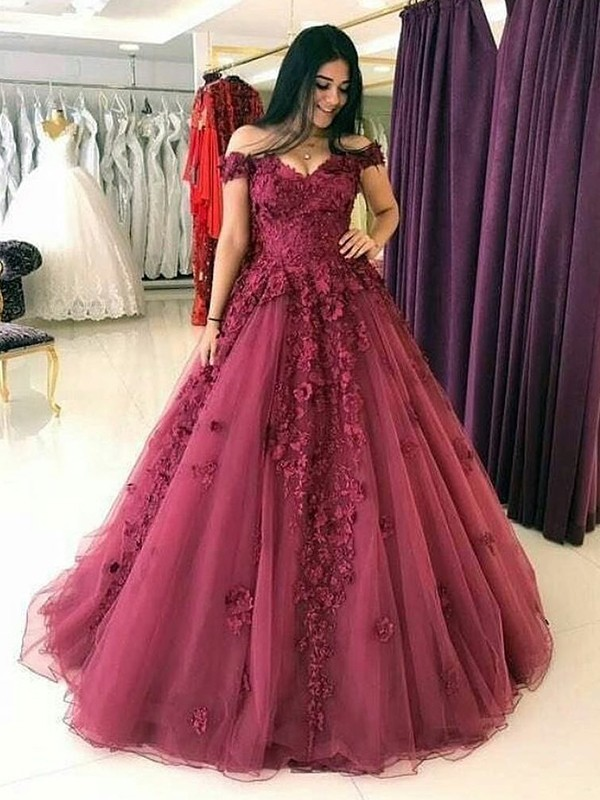 Ball Gown Off-the-Shoulder Long Burgundy Tulle Prom Dresses