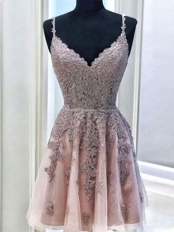 A-Line/Princess Tulle Beading Spaghetti Straps Sleeveless Short/Mini Cocktail Dresses