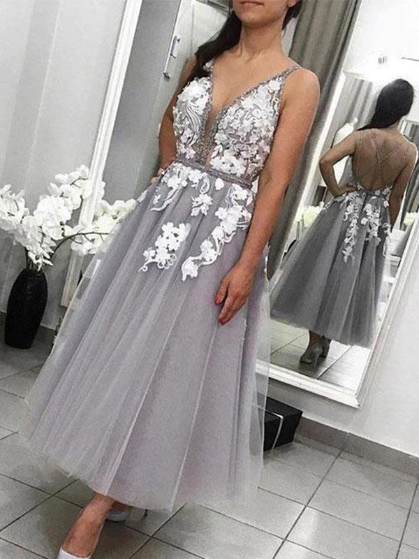 A-Line/Princess Tulle Spaghetti Straps Sleeveless Applique Ankle-Length Homecoming Dresses
