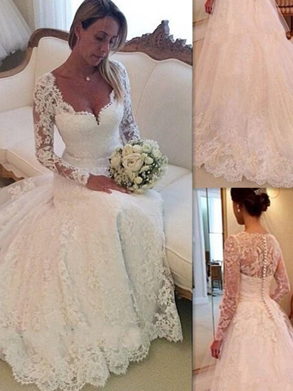 Ball Gown V-neck Court Train White Wedding Dresses with Lace