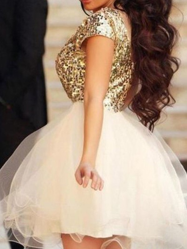 Champagne A-Line Scoop Short Homecoming Dresses with Sequin