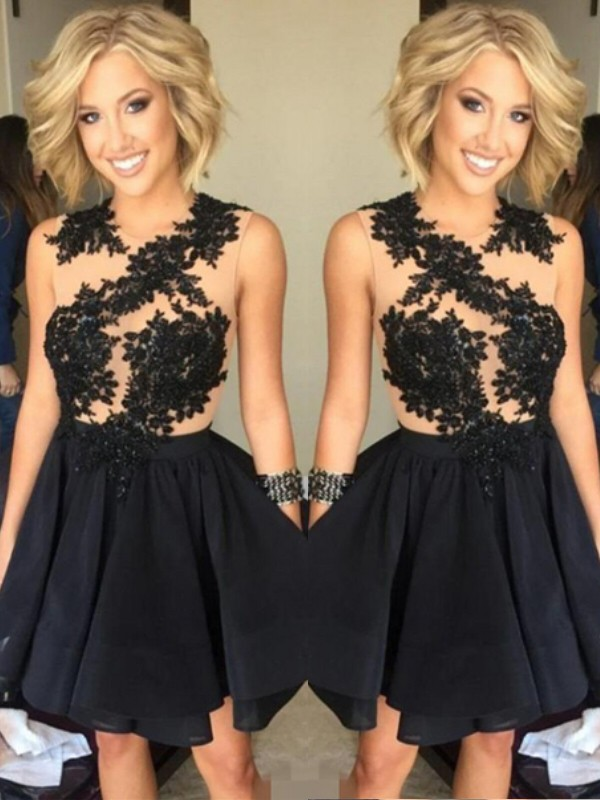 Black A-Line Scoop Short/Mini Homecoming Dresses with Lace