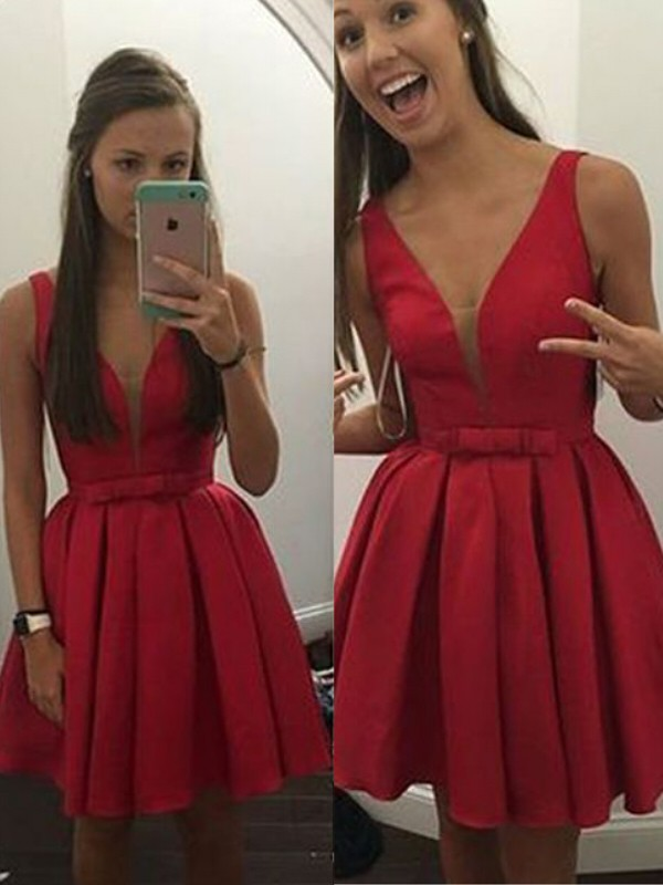 Short/Mini Red V-neck Homecoming Dresses with Bowknot